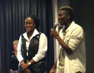 Les jeunes volontaires animant le débat sur le service civique, lors de la dernière AG.